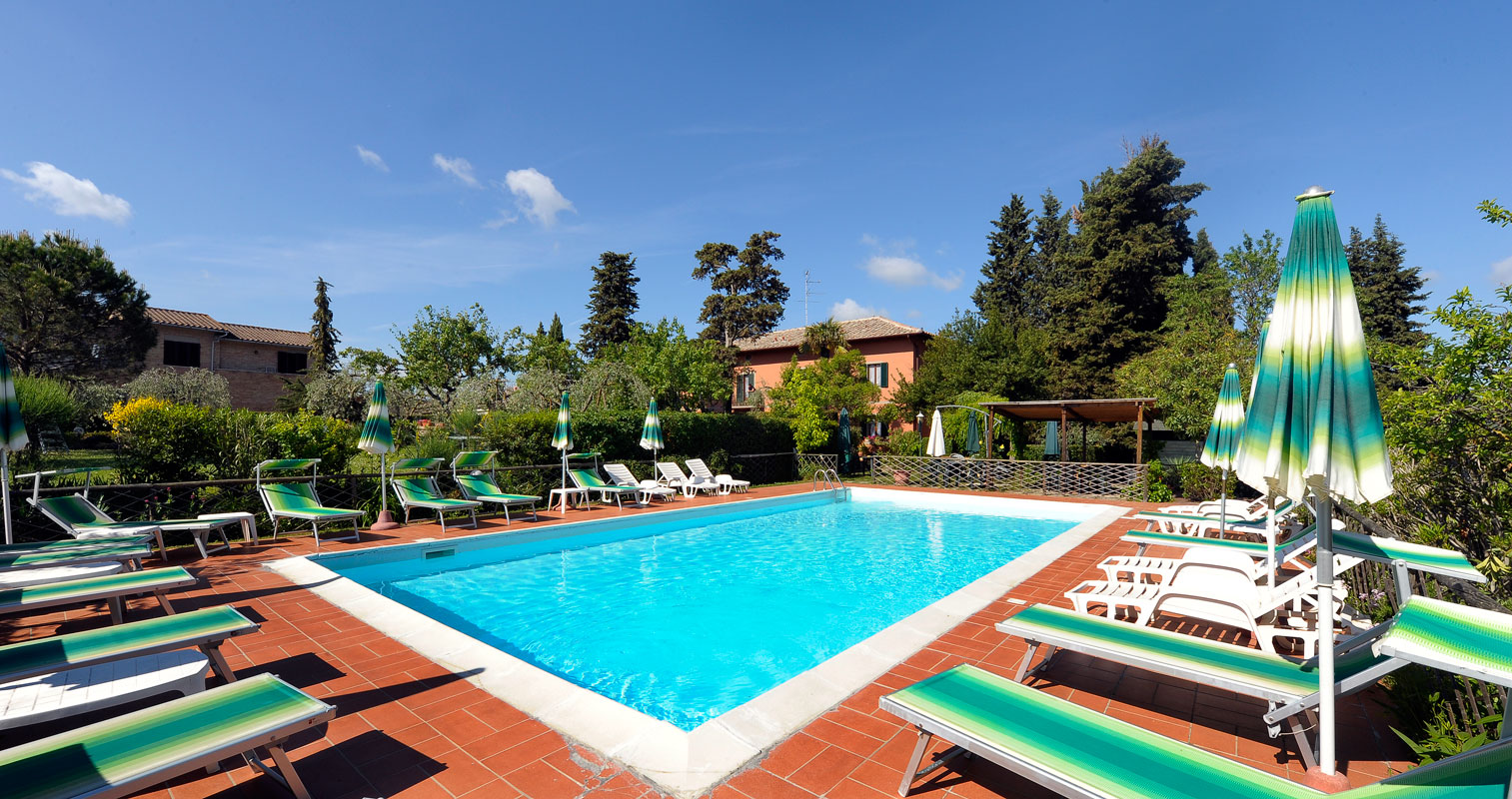 San gimignano hotel con piscina per vacanze in toscana - Hotel con piscina toscana ...